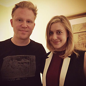photo chilling with Greta Gerwig