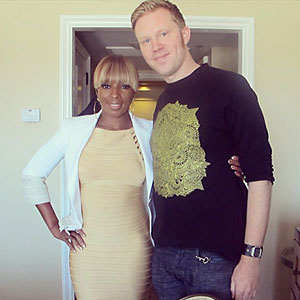 photo chilling with Mary J Blige