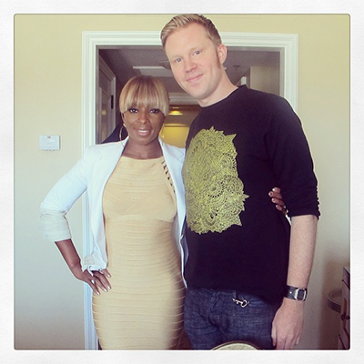 photo chilling with Mary J. Blige