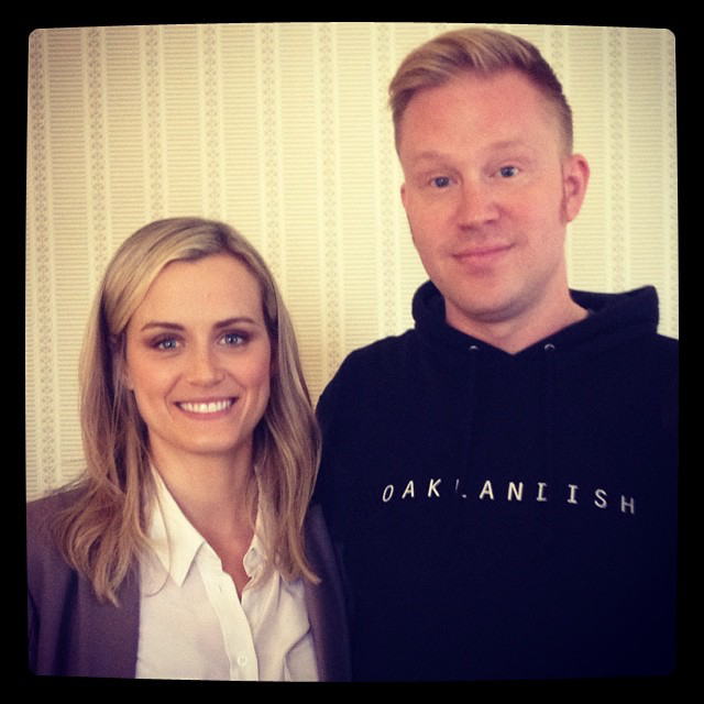 photo chilling with Taylor Schilling